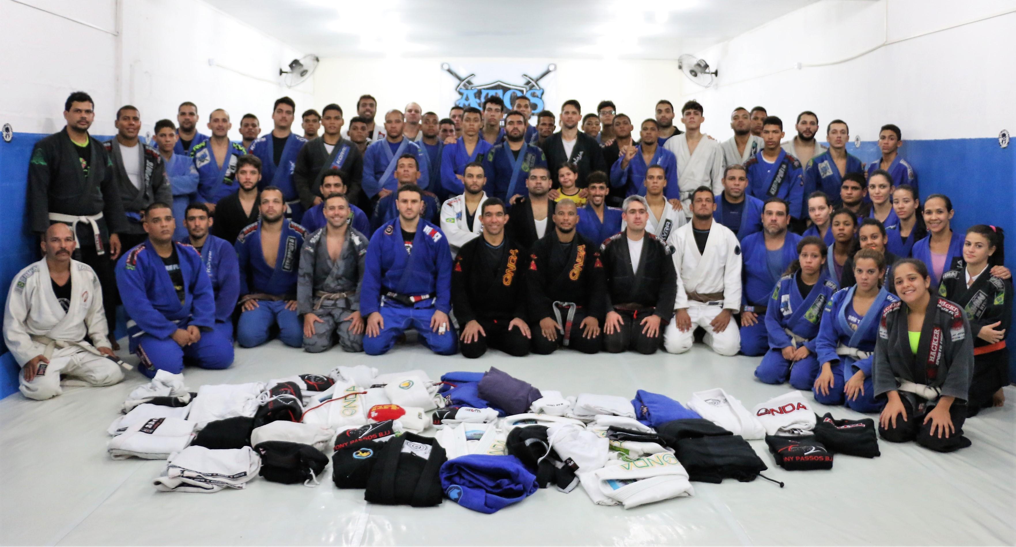 jiu jitsu gi drive in Brazil